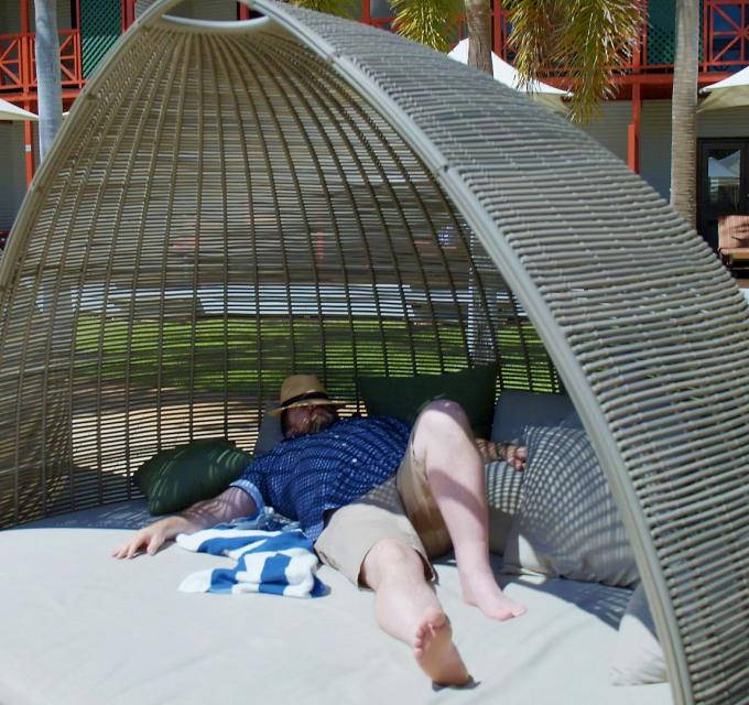 Shane Jacobson relaxing at Cable Beach