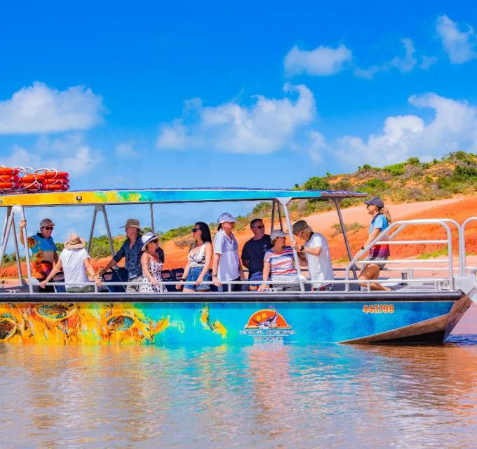 Broome Dinosaur Adventures Scenic and Prehistoric Boat Tour. Image: Broome Dinosaur Adventures